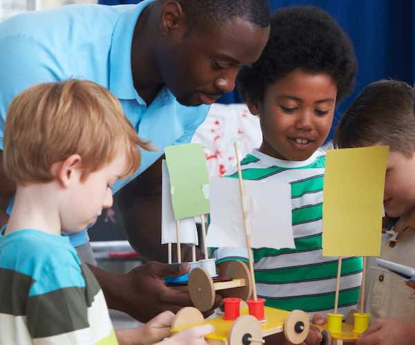 projects build student engagement while teaching standards